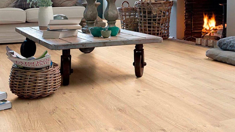 ¿Un suelo laminado para tu salón?