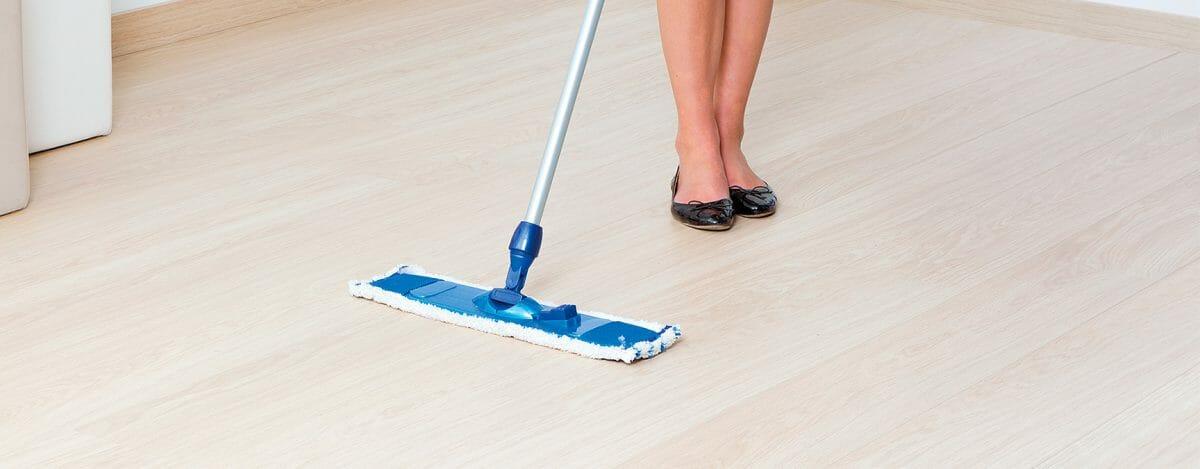 mantenimiento suelos parquet quick step